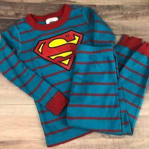 Size 100 HANNA ANDERSSON Superman pajamas EUC